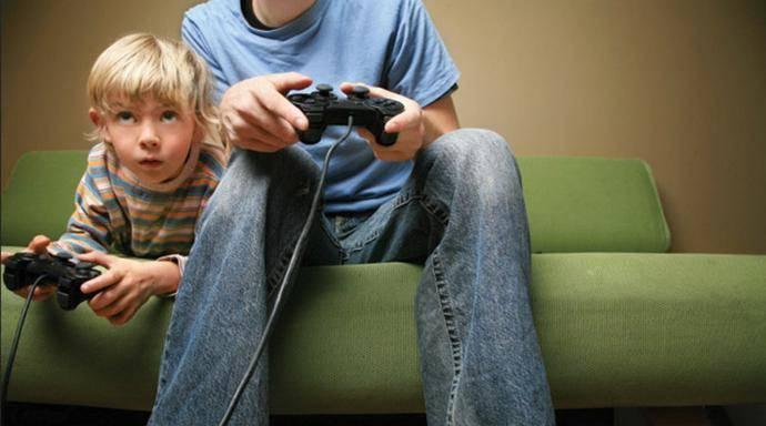 KidsPlayingVideoGames_full_690x384