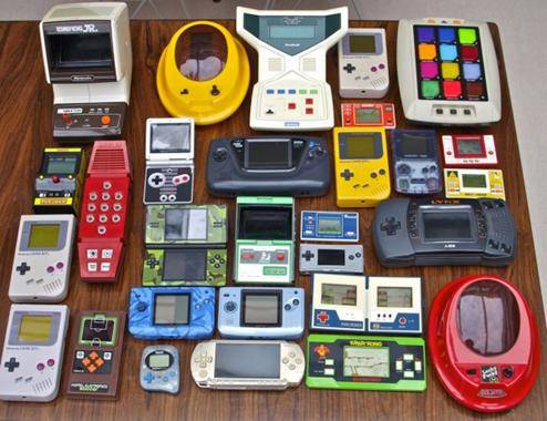Did mobile gaming destroy the portable handheld for Ptable games