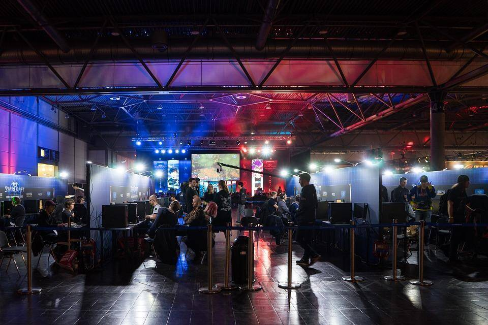 eSports Video Games - The Most Popular Games and the Biggest