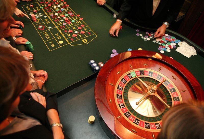 Royal Casino Game Rules Guide | GamesReviews.com